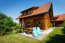 Ferienhaus mit Sonnenliegen